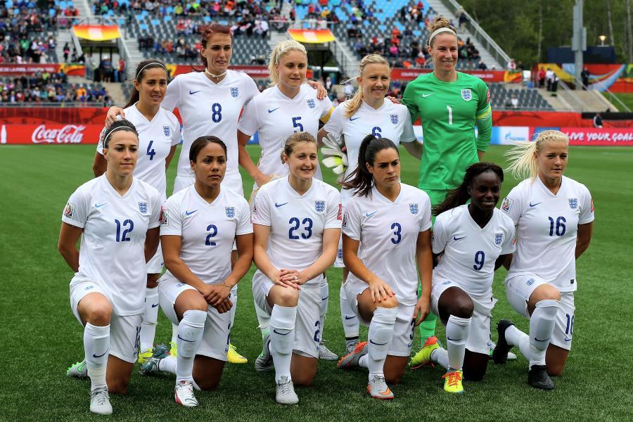 ĐTQG nữ của Anh sẽ nhận lương thưởng ngang với các đồng nghiệp nam khi thi đấu quốc tế