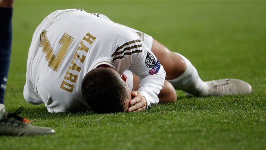 """Hazard gặp """"xui"""" lại phải nghỉ đấu do chấn thương cơ"""