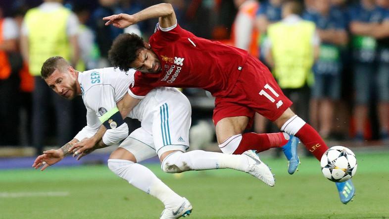 """Salah nói về """"mối thù"""" trong quá khứ với Ramos"""