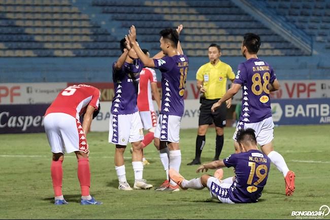 """CLB TP.HCM lại """"thảm bại"""" trước Hà Nội FC"""