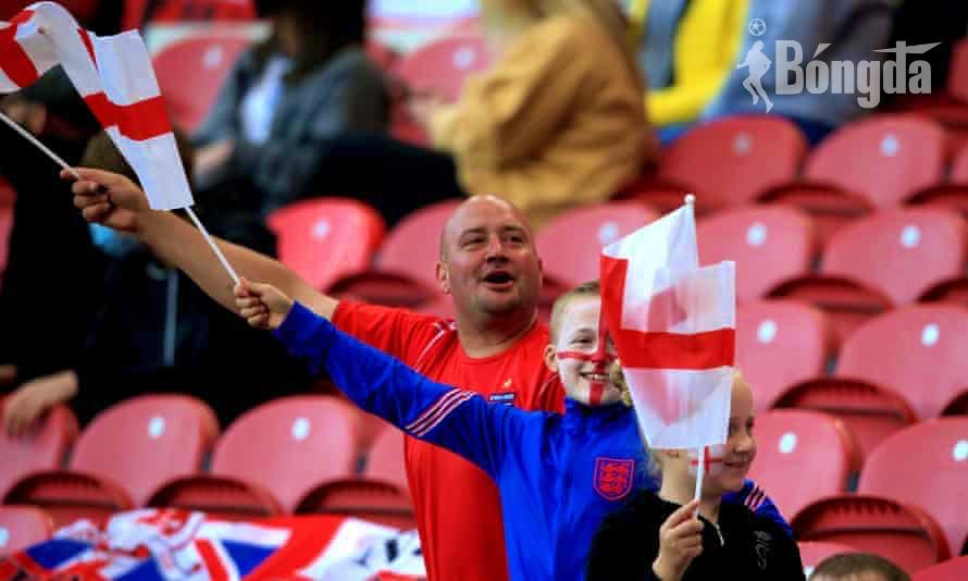 """EURO 2020: """"Bùng nổ"""" tranh cãi việc sử dụng hộ chiếu vắc-xin Covid-19 để vào sân Wembley"""