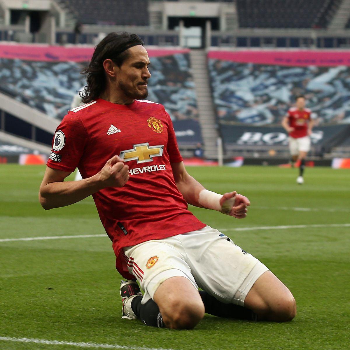 Edinson Cavani gánh trọng trách chinh phục danh hiệu tại Manchester United