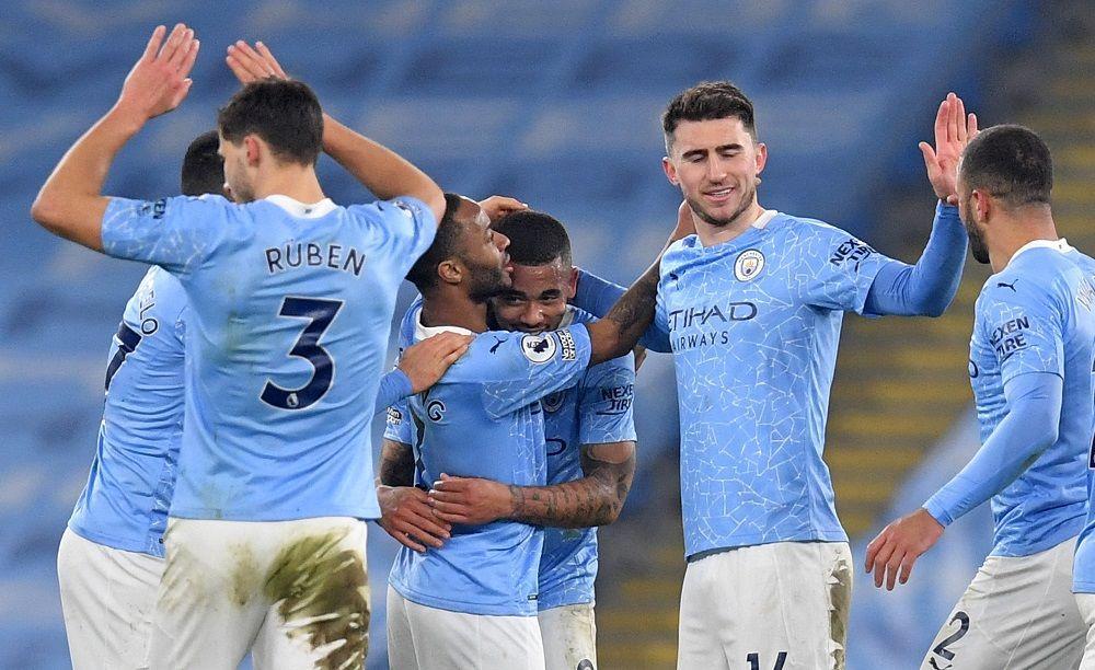 Đánh bại Bầy Sói, Man City giành chiến thắng thứ 15 liên tiếp