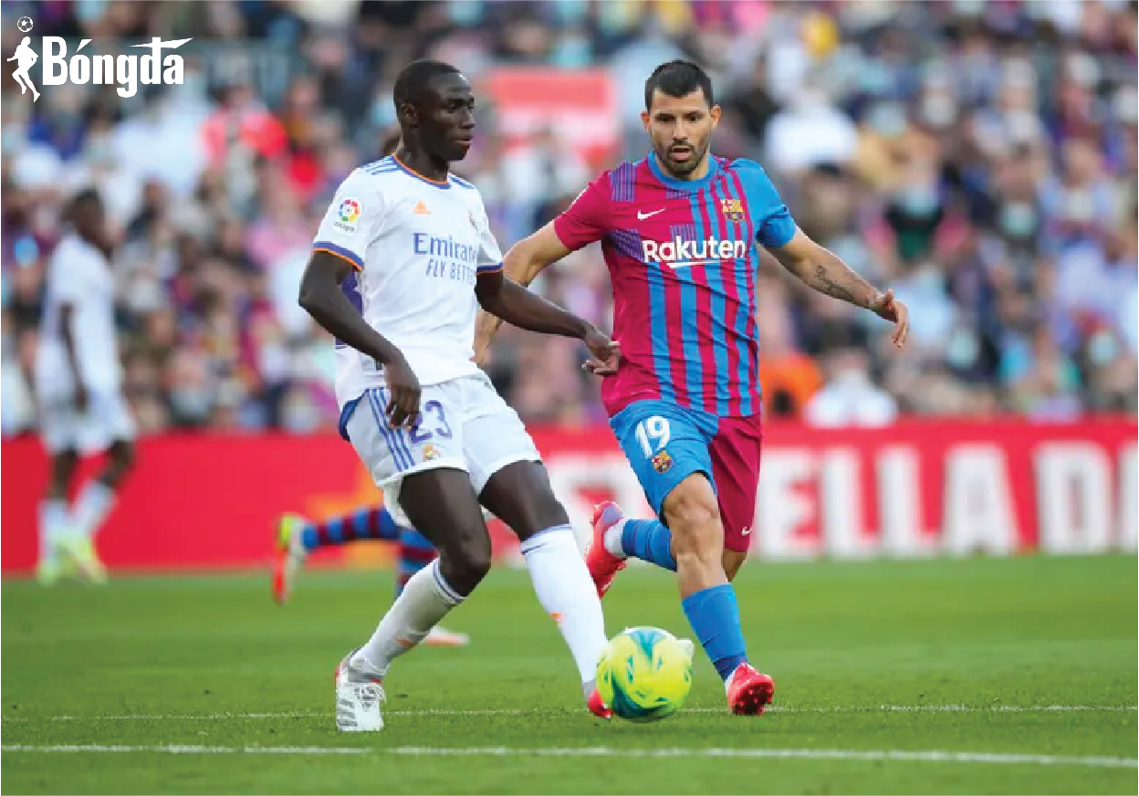 Barcelona 1-2 Real Madrid: VAR có đang ảnh hưởng đến trận siêu kinh điển?
